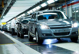 Union Budget 2013 should give 5% interest subvention on investments made in capital equipment to make exports competetive, the Automotive Component Manufacturers Association of India (ACMA) said.