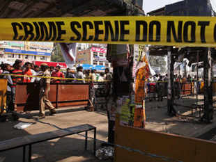 Karnataka team gathered some clues following interrogation of Hyderabad-based student Obaidur Rehman who was picked up in connection with the 2008 serial blasts in Bangalore in September. (pic by AP)