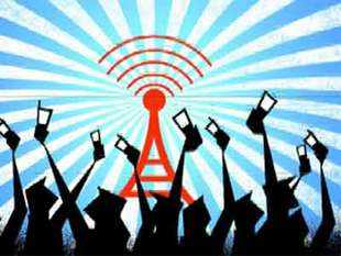 The Indian government's attempt to sell telecom airwaves in the 1800 Mhz and 900 Mhz bands in March has come a cropper as companies found the price fixed by the government too steep.