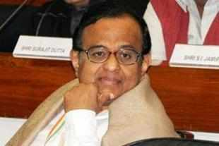 UPA-II's last budget may offer some sops to salary earners and households as Finance Minister P Chidambaram tomorrow will look to balance the compulsions of growth and fiscal prudence with election year politics.