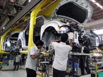 Mahindra Reva, part of the Mahindra Group, will launch its new generation electric vehicle, e2o in the middle of this month.