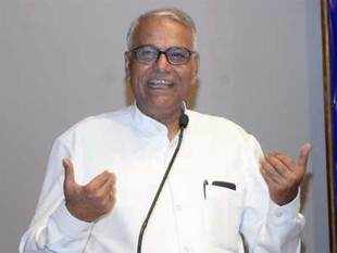 BJP leader Yashwant Sinha raised the banner of revolt against leadership over appointment of Ravindra Rai as the new Jharkhand unit chief.