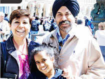 Ravi Chauhan with wife Asha and daughter Aparajita in Venice