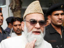Severing ties with ruling SP in UP, Syed Ahmed Bukhari has send resignations of his supporters, including his son-in-law, from all positions in state govt.
