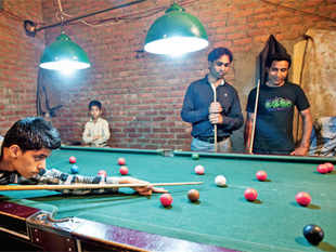 Delhi slums have not only transformed Snooker into Saifi but have also engaged the youth, keeping them away from drugs & hooch