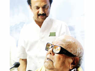 If that sounds filmy, remember Karunanidhi and Jayalalithaa have had associations with films. There is no case for Delhi to join the skit.
