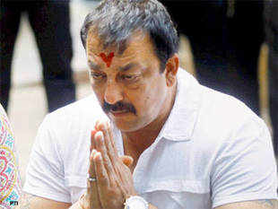 Sanjay Dutt's incomplete films may suffer insurance blow