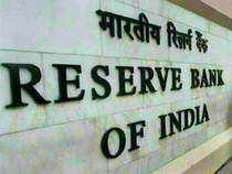 Bankers led by SBI chairman Pratip Chaudhuri and ICICI's Chanda Kochhar lobbied the RBI to lower the cash reserve requirement and cut key interest rates.