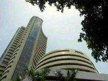 The S&P BSE Sensex, after briefly slipping the red, gained momentum on Thursday and was inching towards day's high led by gains in Tata Motors, ICICI Bank, Infosys and L&T on the back of positive cues from global peers.