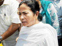Cornered Mamata Banerjee gives it right back to Left