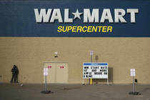Government extends term of Walmart lobbying probe panel till May
