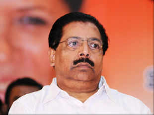 A combined Opposition moved in lockstep on Thursday to demand the ouster of PC Chacko as the chairman of the joint parliamentary committee on 2G spectrum allocation