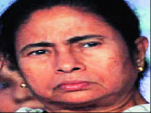 Mamata Banerjee's crisis over involvement of her MPs, with the Saradha group deepened as an FIR against the party MP Kunal Ghosh was lodged today.