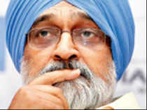 Montek Singh Ahluwalia has suggested introducing some form of penalty for delays in statutory clearances to infrastructure projects.