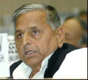 Within a fortnight of BSP chief Mayawati allotting 18 tickets to Brahmins of the 36 LS candidates declared so far, Mulayam too is eyeing this floating votebank.