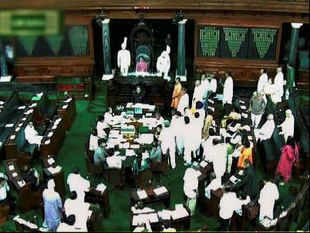 The House mourned the demise with members standing in silence for a while as a mark of respect to Sarabjit.