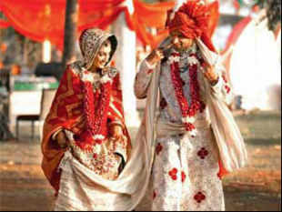 Wedding photography accounts for 20% of all expenses. The wedding industry in India is pegged at $25 bn-plus & is growing at 25% a year.