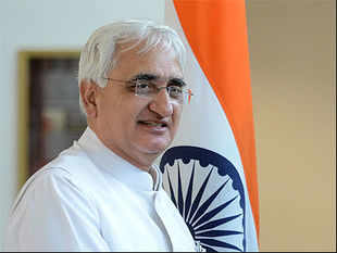 Sarabjit's death will cause setback to efforts to build ties with Pakistan: Salman Khurshid