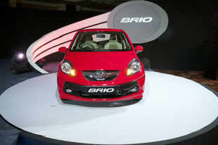 Honda launches new variants of Brio priced at Rs 4.12 lakh