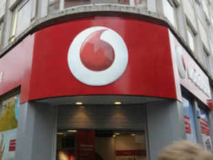 Vodafone has 3G airwaves in 11 circles and offers nationwide high-end data services through roaming pacts with Bharti Airtel and Idea Cellular. (Pic by AFP)