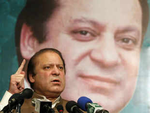 Prime Minister-elect Nawaz Sharif today said Pakistan wants to resolve all outstanding issues with India through dialogue