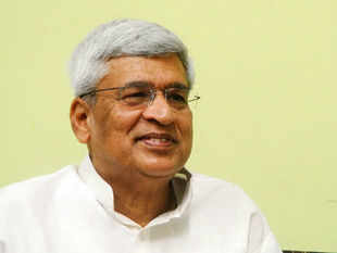 CPM general secretary Prakash Karat has now praised New Delhi's policy on China, Pakistan, Bangladesh and South Asia. (Pic by BCCL)