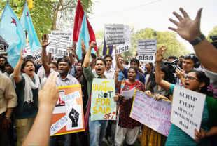 DU 4-yr programme: PM's intervention sought by Rajindar Sachar, Kuldip Nayar