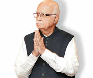 LK Advani withdraws resignation; RSS consolation for BJP founder-member