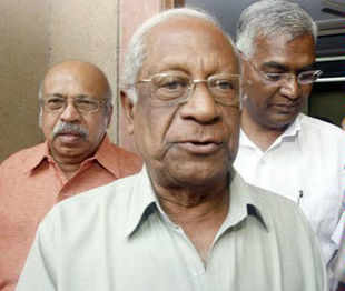 CPI leader A B Bardhan on Friday said 'Federal Front' was neither feasible nor would it inspire people's confidence.