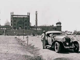 A Phantom II spotted outside the Jama Masjid in Delhi in 1930