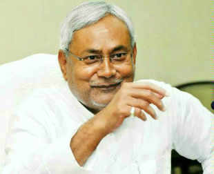 Bihar CM Nitish Kumar thanks Prime Minister Manmohan Singh for describing him as secular