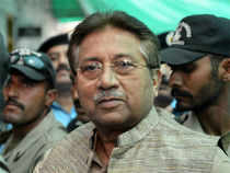The Pakistan government has decided to go ahead with the trial of former dictator Pervez Musharraf in the Supreme Court on a charge of high treason.