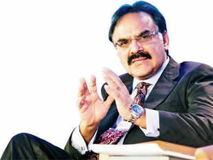 Arvind Mayaram, the top bureaucrat charged with management of the economy, feels the economy will gather momentum by the end of the year.