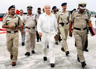 Pakistan-based terror groups remain threat to hinterland: Sushilkumar Shinde