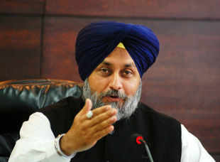 Sukhbir Singh Badal declares unqualified support to Narendra Modi, takes pot-shots at Rahul Gandhi