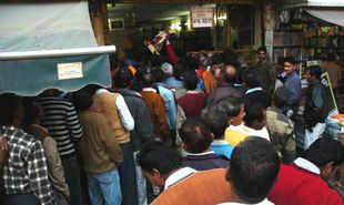 Technoholic Delhi to plug evasion of taxes on liquor