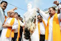 Bajrang Dal activists stage protest against Kishtwar violence