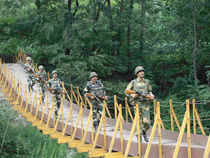 """""""Pakistani troops fired on Indian posts along the LoC in Hamirpur-Balakote and Mendhar forward areas in Poonch district last night"""" Defence Spokesman said."""