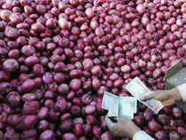 Onion crisis: Govt puts curbs on exports, looks for import