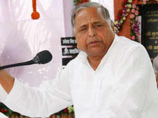 Leaders of Vishwa Hindu Parishad and Bharatiya Janata Party met Mulayam Singh Yadav on Saturday and claimed he has agreed to talk to Muslim leaders to find a way for construction of the Ram temple in Ayodhya.