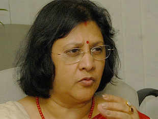State Bank of India's new Managing Director & CFO, Arundhati Bhattacharya, switches away from a myopic quarter-on-quarter view to patient long-term strategies to address the problems facing India's biggest bank.