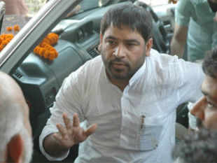 Congress today expelled RJD chief Lalu Prasad Yadav's estranged brother-in-law and Bihar Congress leader Anirudh Prasad alias Sadhu Yadav.