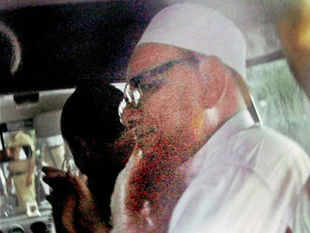 Lashker-e-Taiba (LeT) leader Abdul Karim Tunda was today admitted to All India Institute of Medical Sciences (AIIMS) for special cardiac care. (PTI)