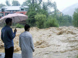 Flash floods, triggered by heavy rains, have caused damage to 700-800 meters of three-tier border fencing along Indo-Pak border in Jammu and Kashmir.