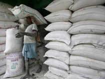 Weak rupee: Importers stop fresh cement import orders from Pakistan