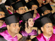 The average salaries may remain the same or go up by up to 8% , officials at IIMs in Kolkata, Bangalore, Lucknow, Indore and Kozhikode said.