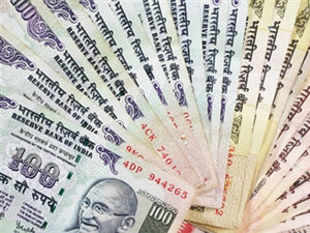 Making garlands of currency notes, a practice followed in Indian marriages and public rallies, has sought to be discouraged by the Reserve Bank.