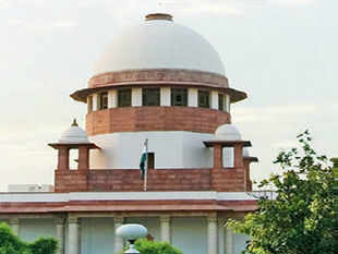 The Supreme Court has issued notice to the Centre and UP government on two petitions seeking a CBI probe into the Muzaffarnagar violence.