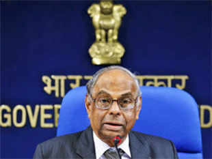 Rangarajan pegged agriculture growth at 4.8% for the current fiscal on expectation of a record foodgrains, pulses and cotton production buoyed by good rains.
