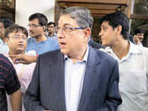 Under-fire BCCI president N Srinivasan today continued to remain defiant by stating that no one could stop him from seeking an year's extension.